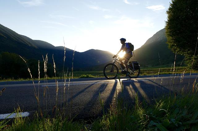 Conoscere le bici da strada elettrich